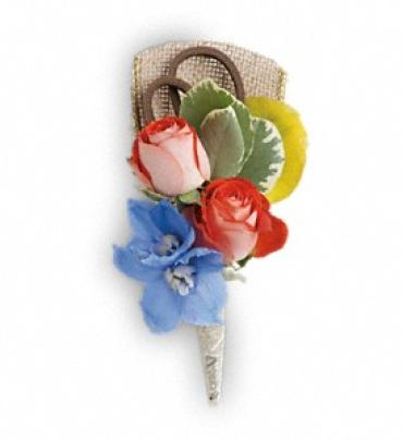 Barefoot Blooms Boutonniere